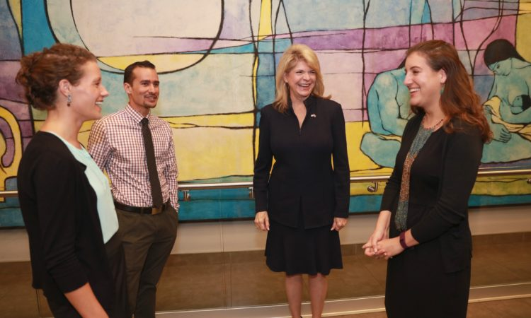 Ambassador Sharon Day meets with U.S. Fulbright grantees in Costa Rica