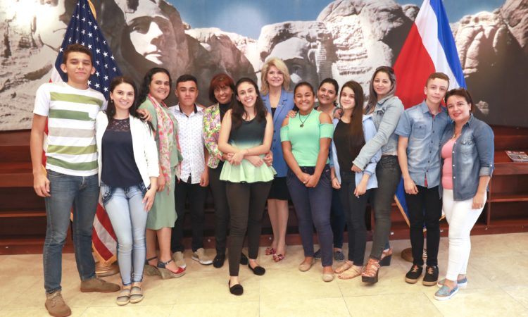 The first cohort of Youth Ambassadors in the photograph are Ronny Berrocal Monge, Steven Talavera Sequeira, Melanie Sáenz Gonzalez, Italy Arana Soto, Juan Josué Quesada Quesada and María Paula Moya Pacheco.