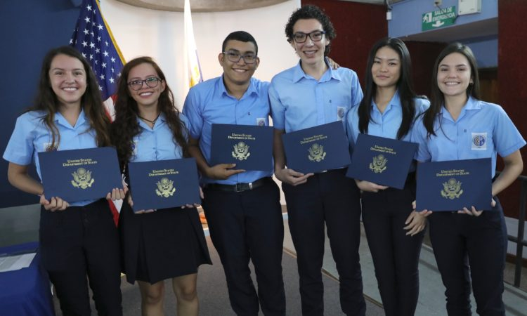 Six Costa Ricans Will Study One Year in the United States
