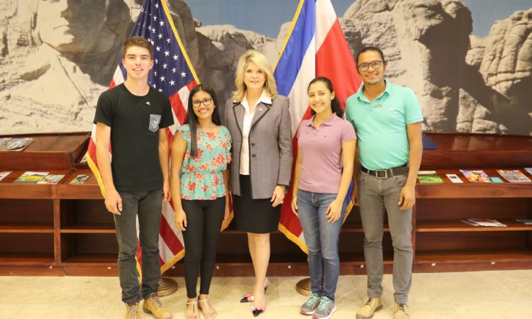 More Youth Ambassadors Travel to the United States